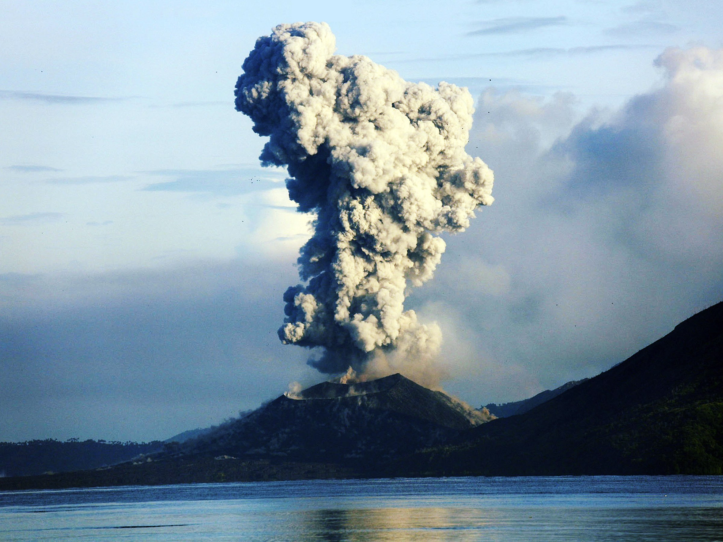Image of: The Fearsome Volcanoes Of Png Paga Hill Estate Port Moresby Papua New Guinea